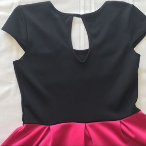karin stevens Dresses - Karin Stevens Dress, black pink coral, sz M